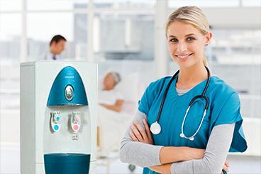 dispensador agua hospital