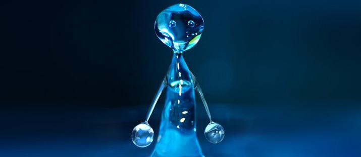 agua-cuerpo-humano-uditec