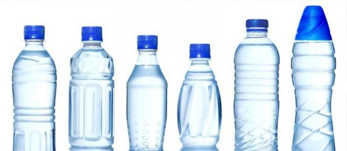 Los problemas que ocasiona en nuestra salud beber agua embotellada en plástico
