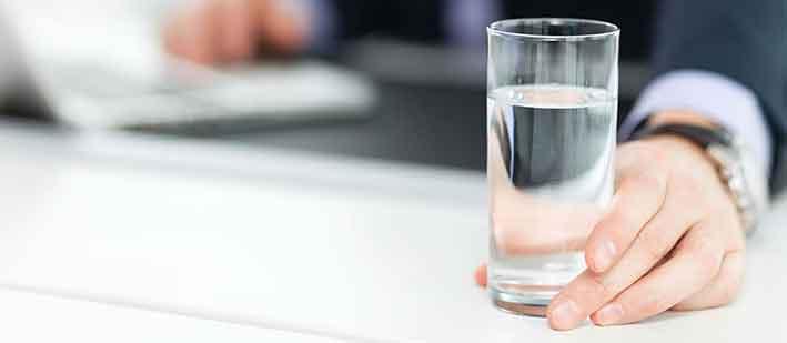 agua en oficinas